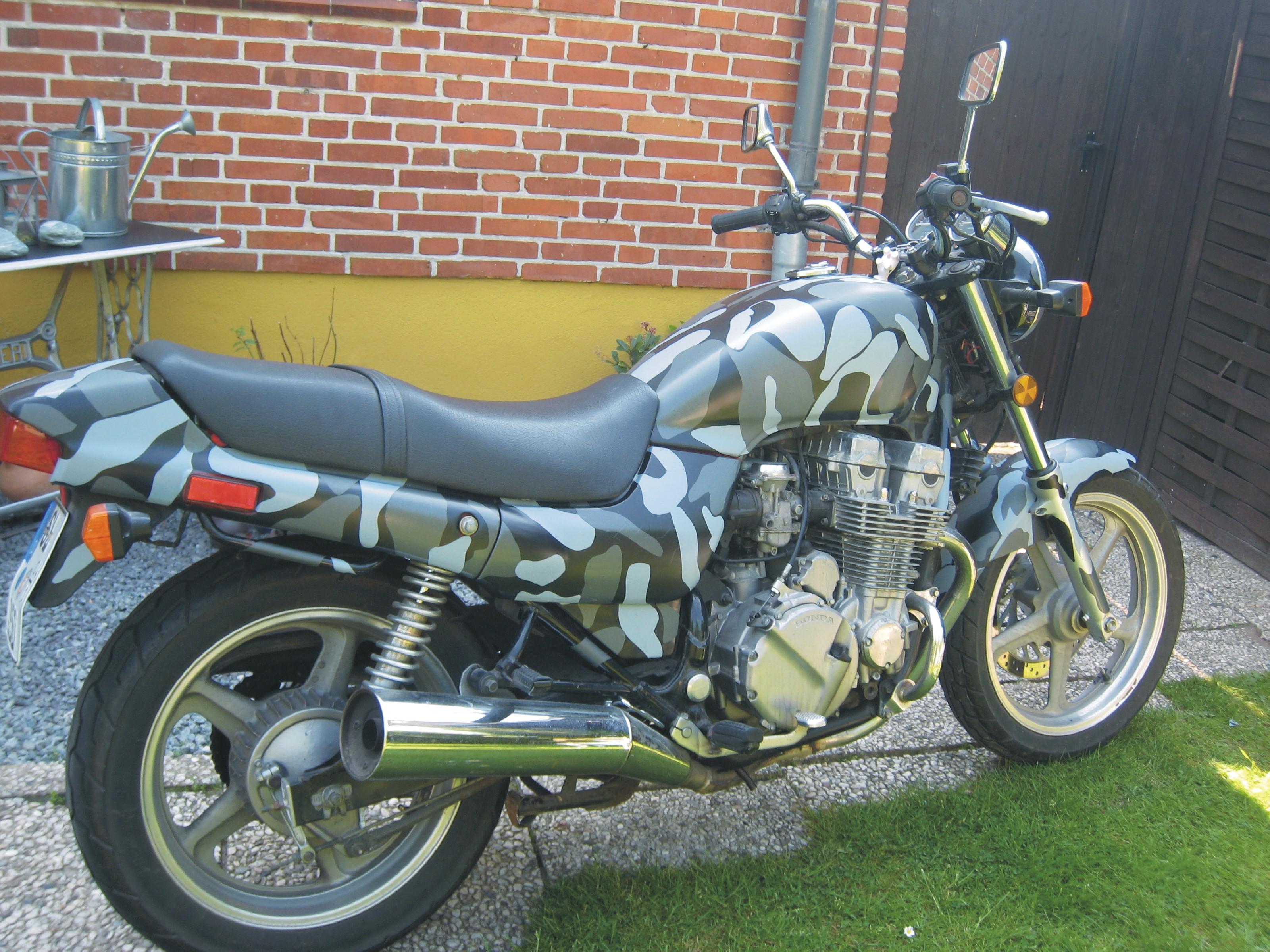 Motorrad 8